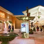 Compras no Premium Outlet – Vineland Ave.