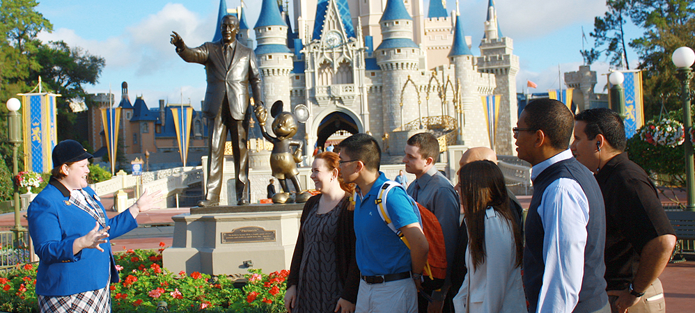 bastidores-disney-magic-kingdom